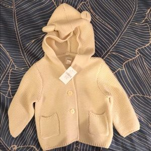 Baby Gap bear hooded sweater NWT
